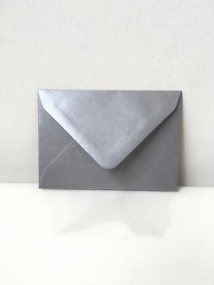 C7 Pearl Silver Envelopes