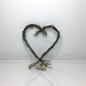 Heart Vine Wreath With Tails 20cm
