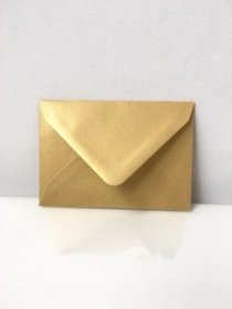 Small Pearl Gold Envelopes C7 Size
