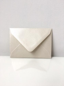 C7 Pearl Ivory Envelopes
